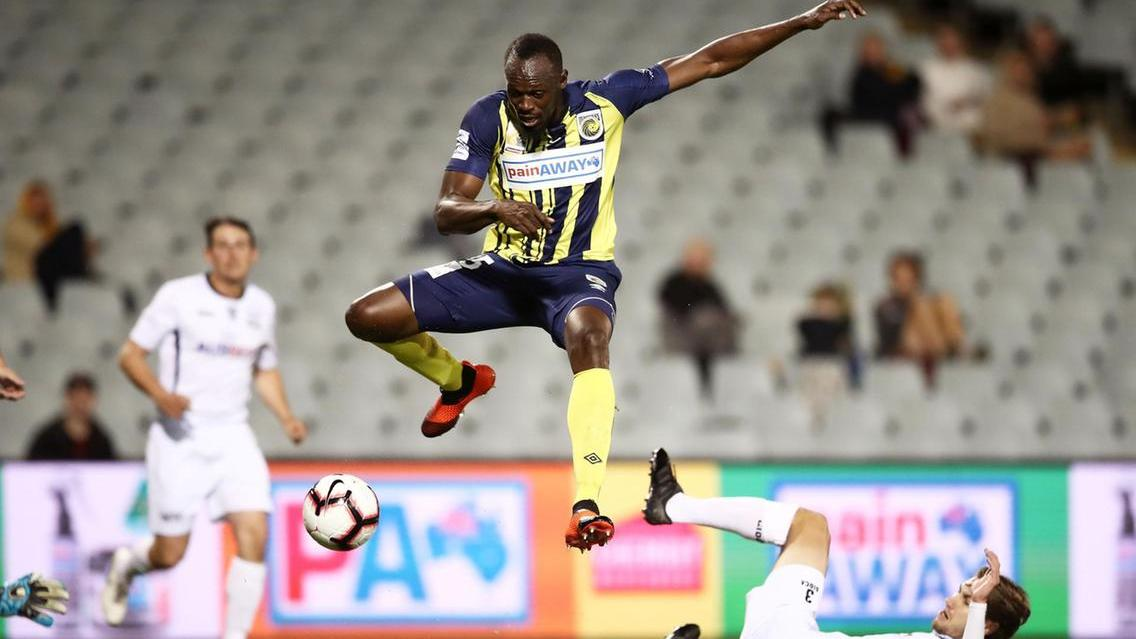 Valletta FC offers Usain Bolt a two-year professional contract