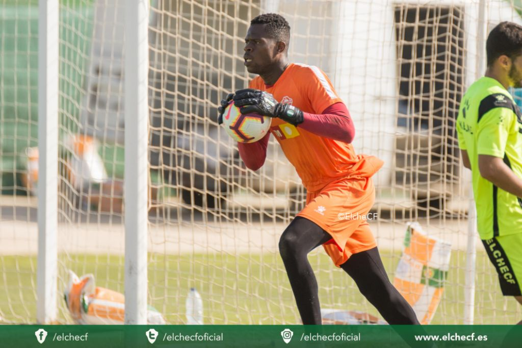 Uzoho gets another clean sheet in Elche's away win over Real Zaragoza