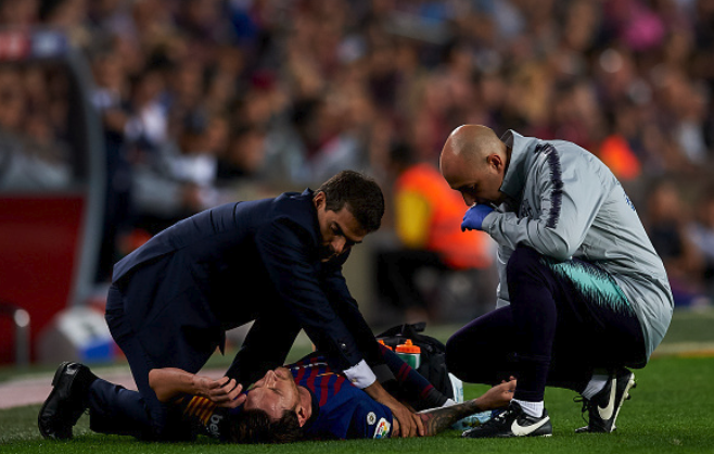 It's US Size 8.5! Who will fit into Messi's Shoe…Valverde sweats over Star's injury