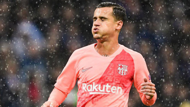 Barcelona's Coutinho out for three weeks due to harmstring injury