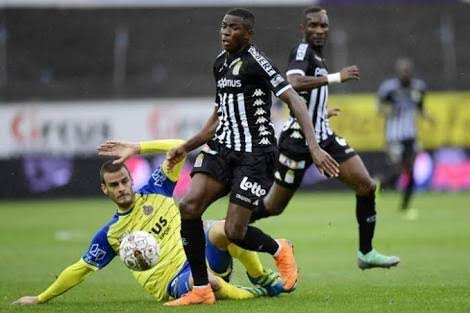 Victor Osimhen scores another Charleroi goal