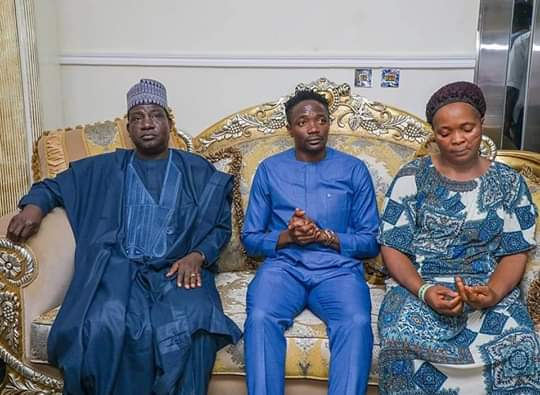 Plateau Governor Lalong pays condolence visit to Ahmed Musa in Jos