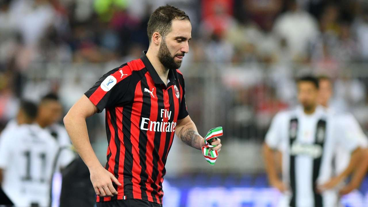 Deal agreed! Higuain set to Join Chelsea on loan for 6-months