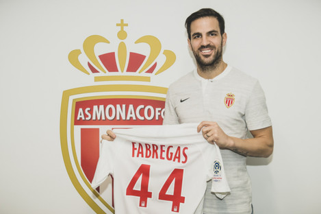 Fabregas leaves Chelsea for AS Monaco