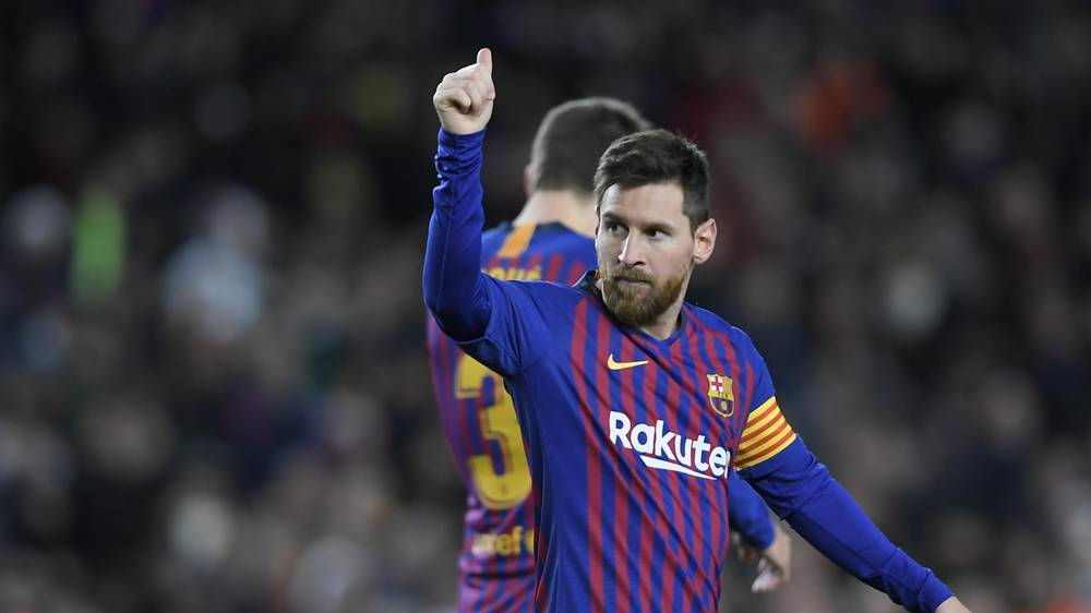 Lionel Messi is the first player in La Liga history to score 400 goals