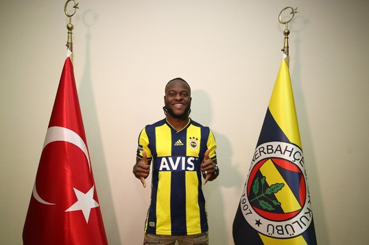 Fenerbahce unveils Victor Moses
