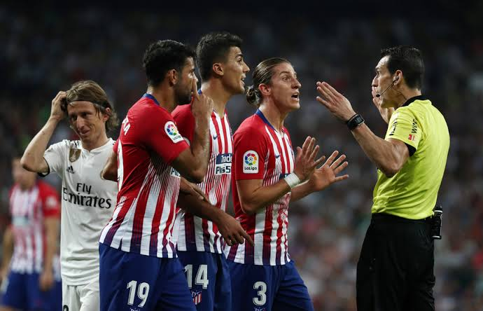 UEFA: Players to be booked for requesting the use of VAR in matches
