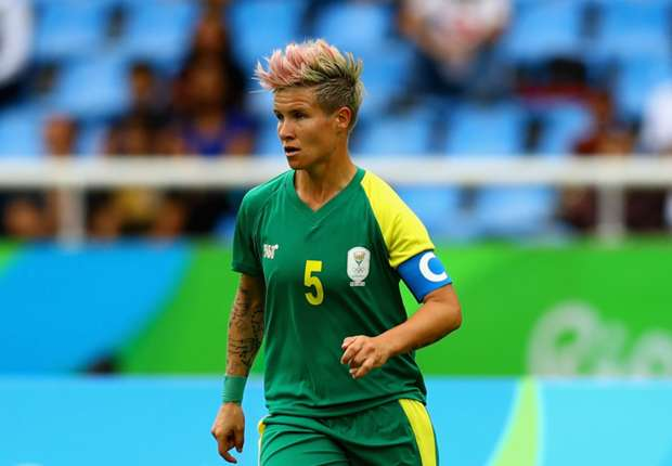 Leadership not all about the captain's armband, says Janine Van Wyk