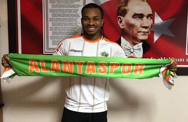 Joel OBI completes Alanyaspor loan move