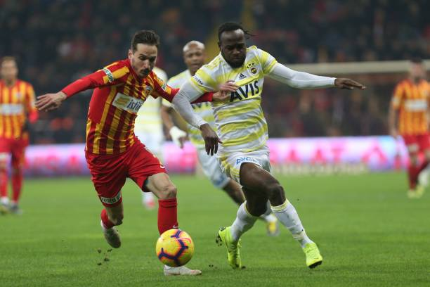 Moses tastes first defeat with Fenerbahce in Turkey