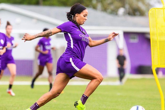 Meet Sydney Leroux – The six months' pregnant footballer
