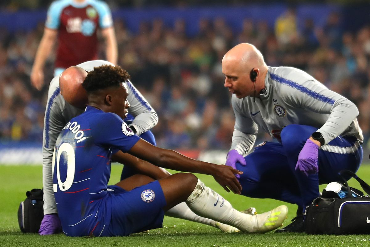 Injured HUDSON-ODOI gets love from Chelsea colleagues