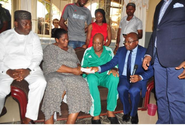 Otedola Fulfils Promise, Issues $50,000 Cheque To Christian Chukwu