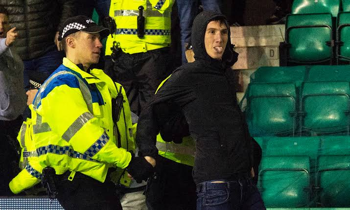 One Hibbs fan don get 100 days prison for one fan for Scotland