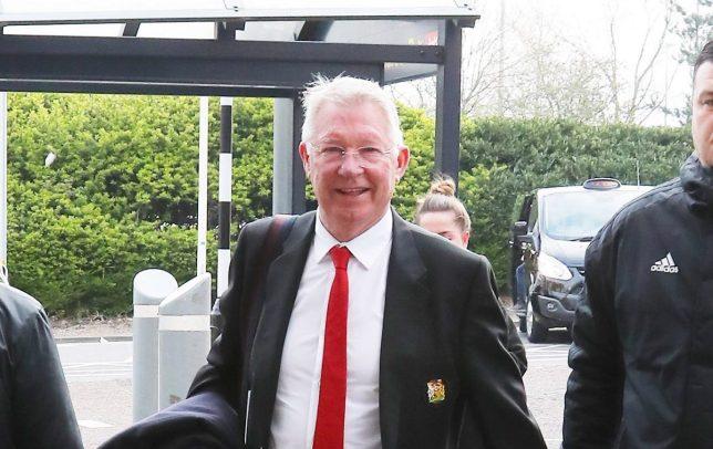 Man United squad arrives in Barcelona with Sir Alex Ferguson