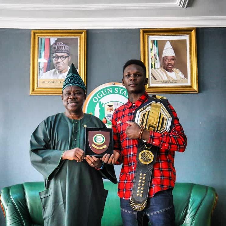 Governor Amosun hosts UFC Middleweight Champion Adesanya in Abeokuta