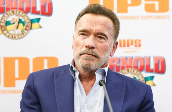 """Commando! Schwarzenegger attacked by """"Idiot"""" in South Africa"""