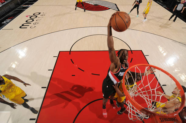 Curry ruins Aminu, Portland Trail Blazer's WC Final Opening Party