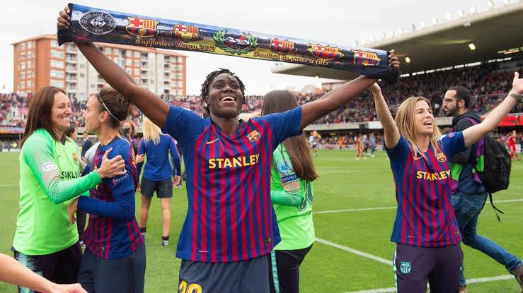 Asisat Oshoala joins Barcelona on a permanent deal until 2022