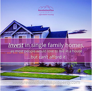 Revolutionplusbanner