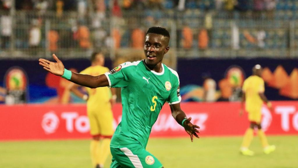 PSG signs Senegalese star Idrissa Gueye from Everton
