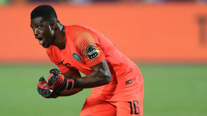 I'm A Big Goalkeeper With No Supporter, Says Akpeyi