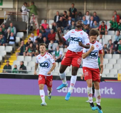 Wunderbar! Ajagun hits 24-yard Volley in Kortrijk's 3-1 derby win