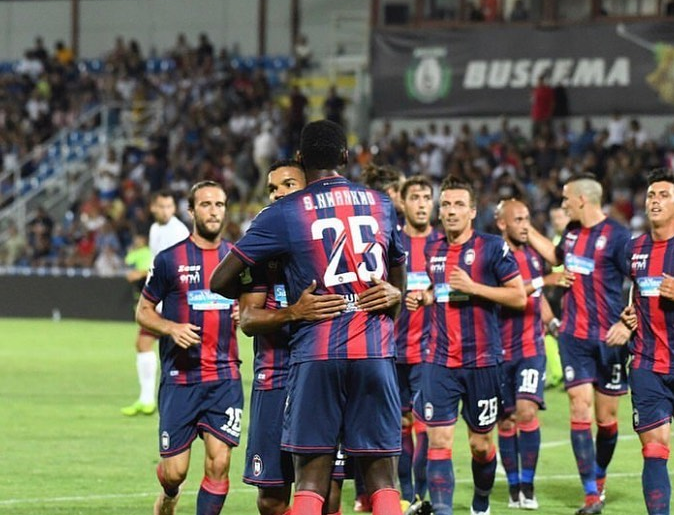 Simy sends warning to Serie A sides, Fires Crotone into Coppa Italia second round