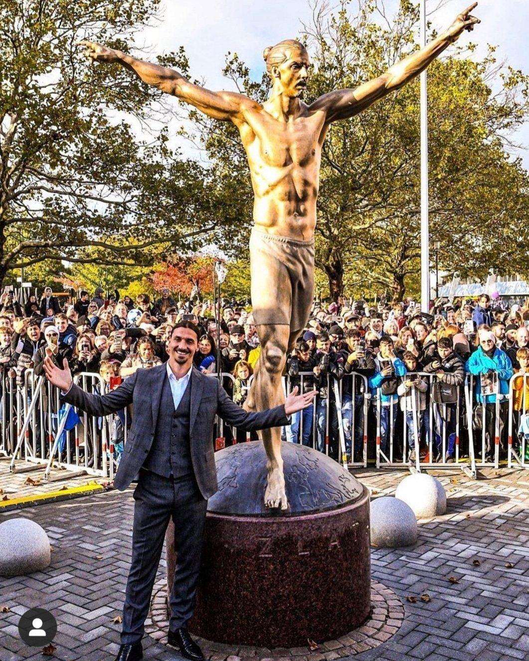Swedish FA commissions 8.9 feet tall Zlatan's shirtless statue