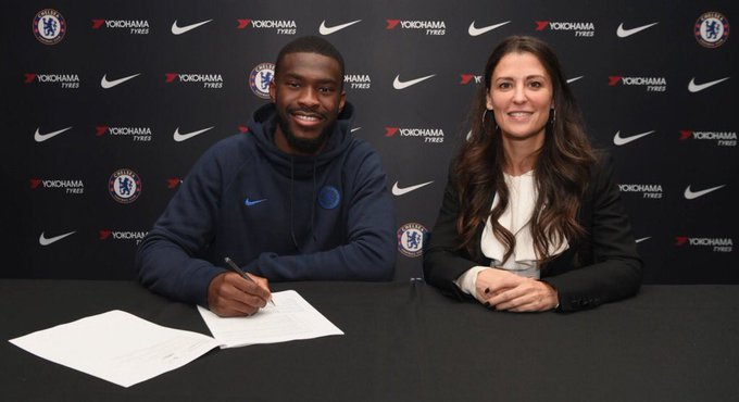 Fikayo Tomori pens new five year deal with Chelsea