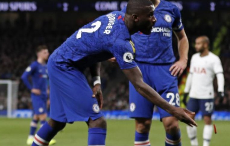 Monkey Chants, Pepper and Bottles hurled at Chelsea Players in ill-tempered London Derby at Spurs