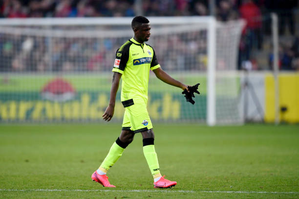 How Jamilu Collins' Red Card Could Jinx Paderborn