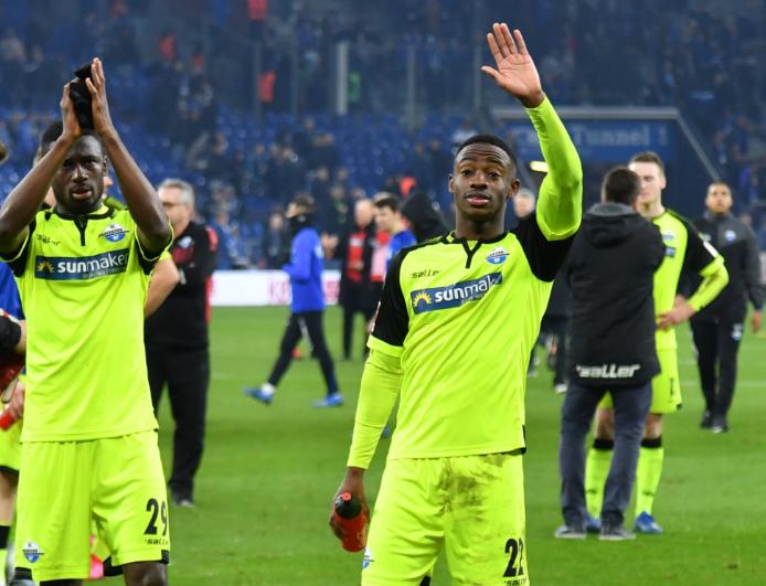 Jamilu Collins solid Against Schalke 04, but Paderborn Remain Bottom of Bundesliga Table