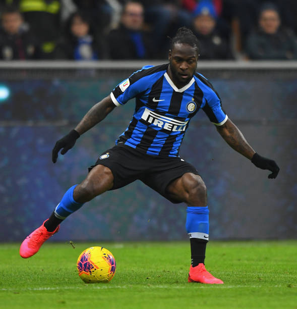 Moses assists Inter to the top of Serie A