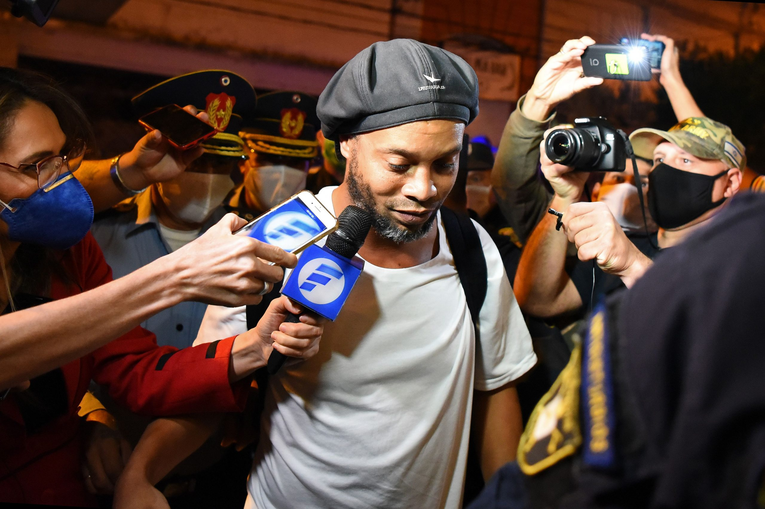 Ronaldinho finally out of Jail, but not free yet