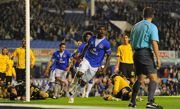 How David Moyes convinced me to sign for Everton – Yobo