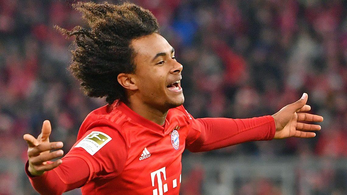 Zirkzee lifts first Bundesliga title with Bayern Munich