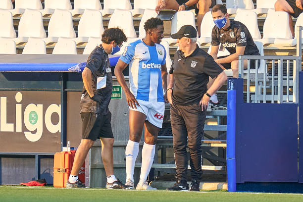 """""""I am out for two weeks"""" – Kenneth Omeruo confirms his injury"""