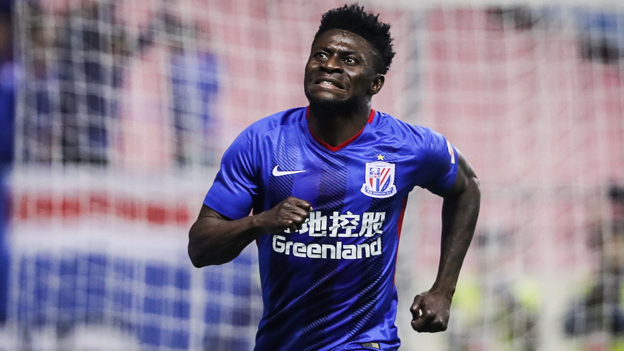Obafemi Martins signs for his eleventh professional club