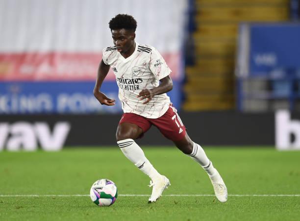 Bukayo Saka wins Man of the match award against Leicester City