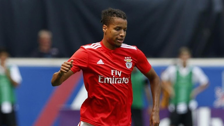 Ebuehi determined to take career forward after overcoming difficult injury