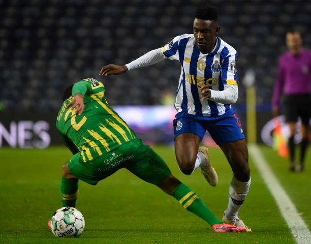 Zaidu Sanusi scores in Porto's seven goal thriller with Tondela