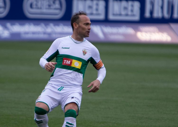 'Grandfather' of LaLiga Nino hits an all-time LaLiga record for newboys Elche
