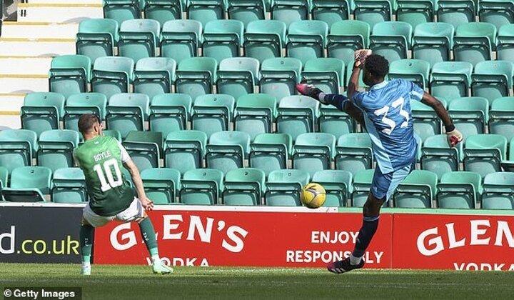 Arthur Okonkwo's Arsenal debut ends in nightmare
